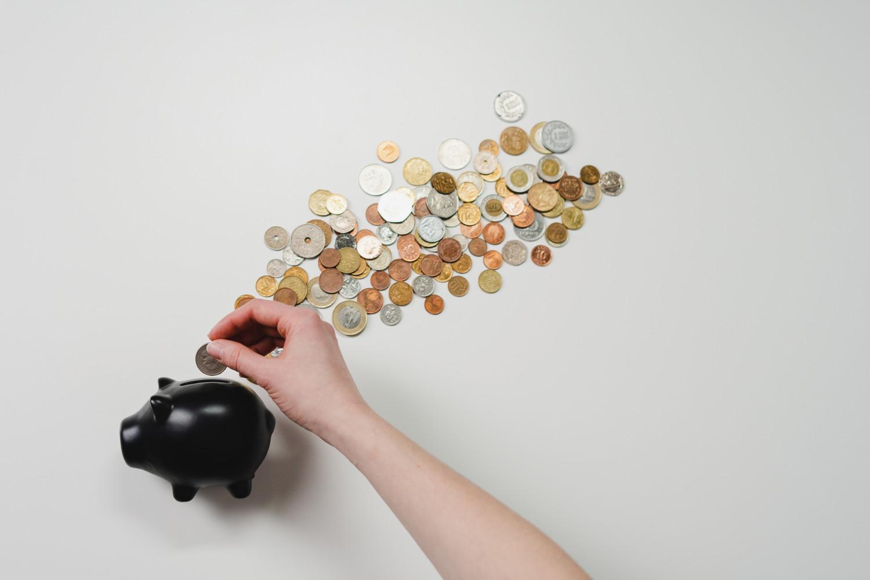 """Muligheden for udbetaling af indefrosne feriepenge påvirker ikke arbejdsgivers forpligtelser til at indberette feriemidler optjent i """"overgangsperioden""""."""