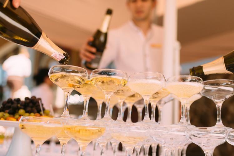 Transportør havde ikke handlet groft uagtsomt ved transport af dyr champagne
