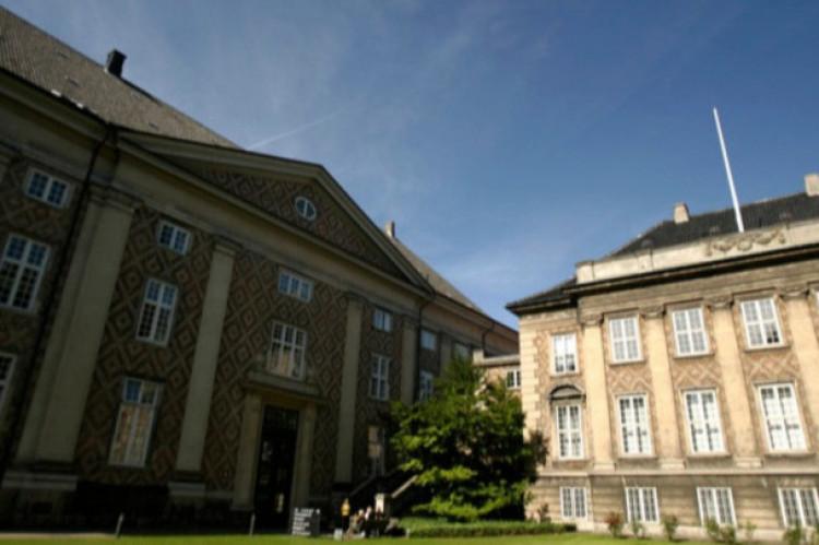 Direkte krav rejst mod udenlandsk forsikringsselskab var forældet efter dansk ret