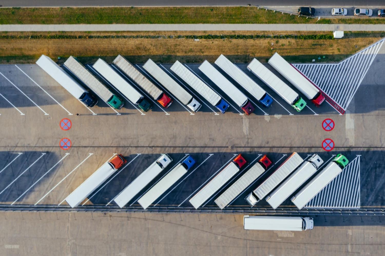 Fragtførers tilsidesættelse af parternes aftale om parkering var groft uagtsomt