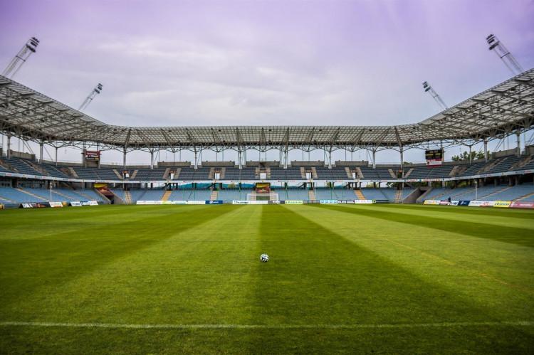 Er et fodboldforbund omfattet af udbudsreglerne?