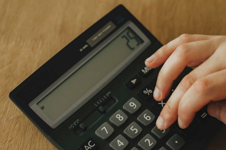 Regeringen varsler skærpet indsats mod skattelylande