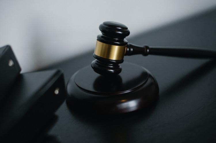 Ny retsafgiftslov: Hvad koster det at anlægge og føre en retssag?