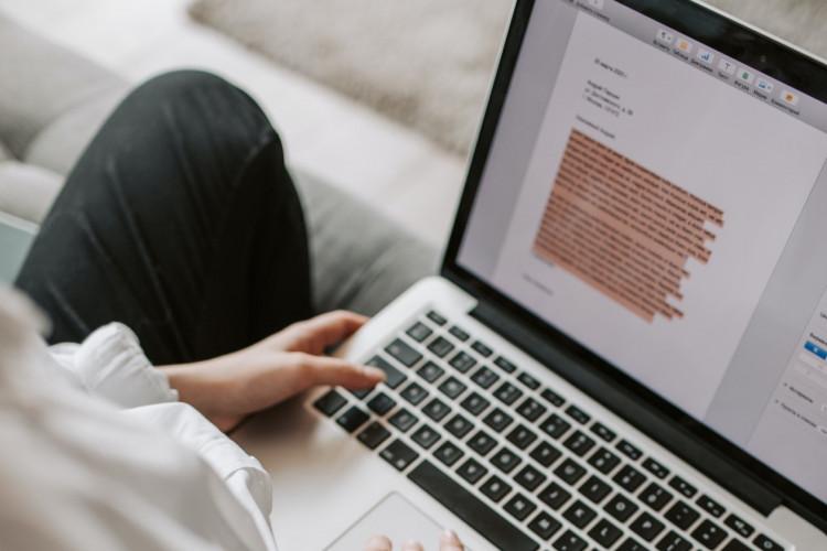 Undgå konflikter og dyre tvister: Stil krav om reviews i din IT-leverance